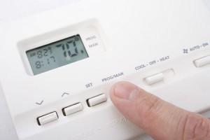 Heat pump thermostat